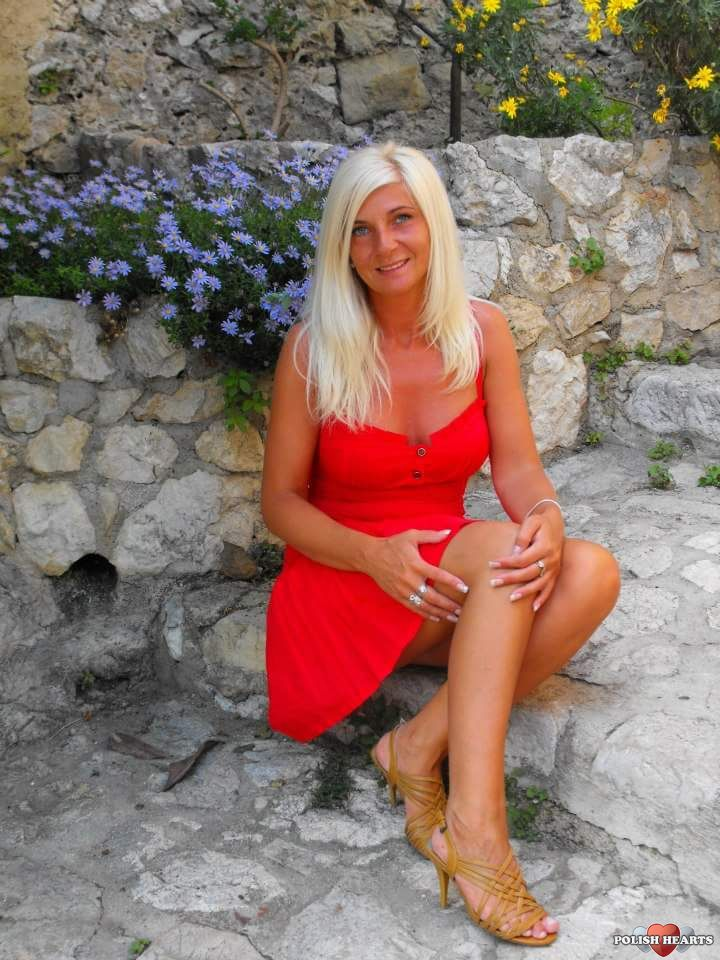 Restrai Woman Spanish Protestant Sex To Looking Divorced 60 55 For