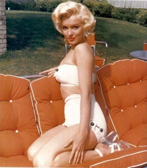 Modern Avail Favorite Is Marilynn Day Monroe