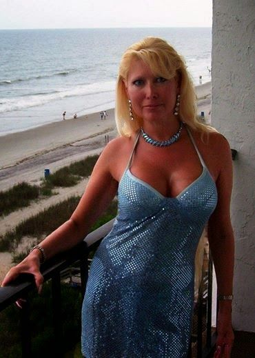 55 To 60 Blond Divorced Woman Seeking Man