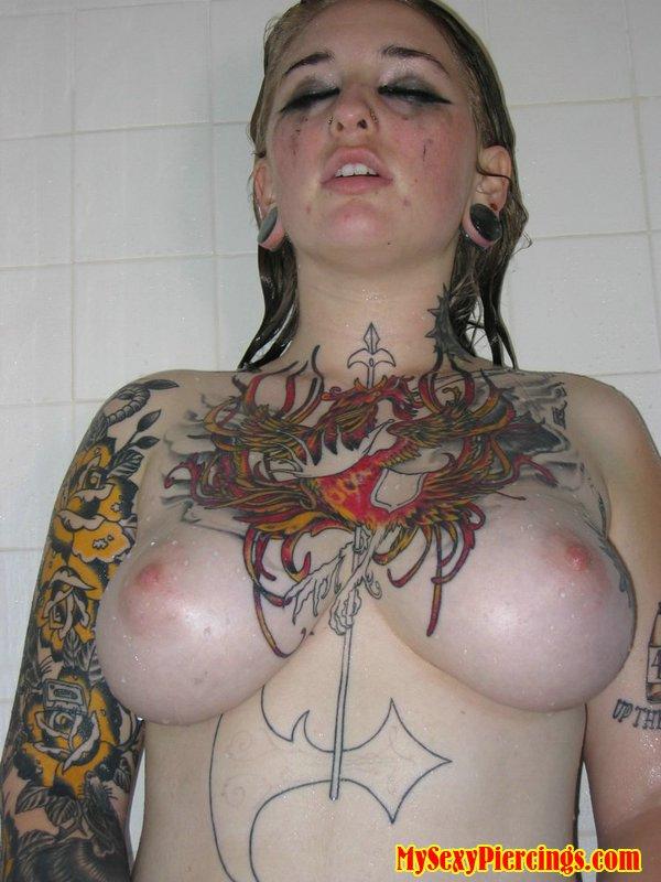 Pierced Mature Ottawa Escort Tattooed Bbw