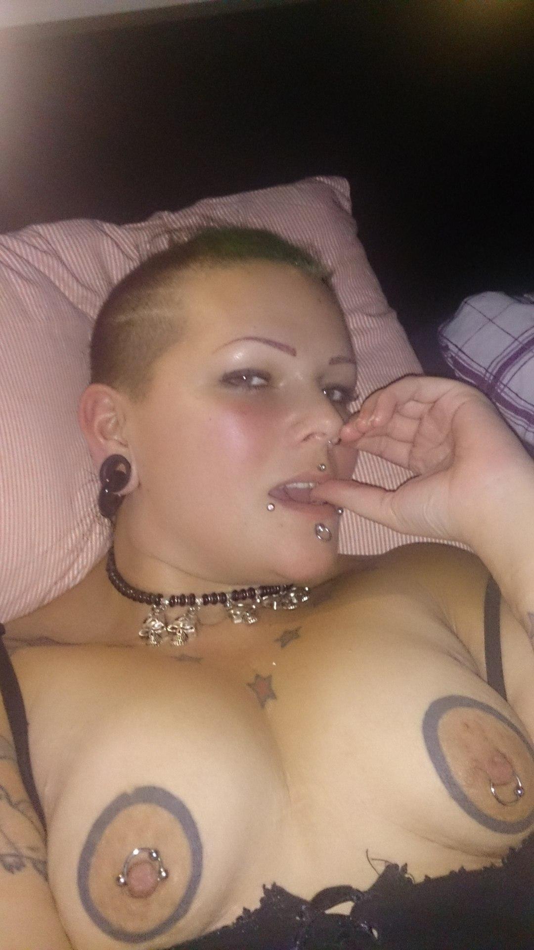 Ottawa Bbw Mature Tattooed Pierced Escort