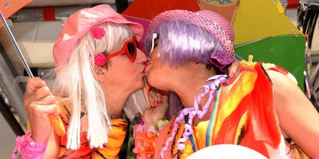 Relativ Frankfurt Gay