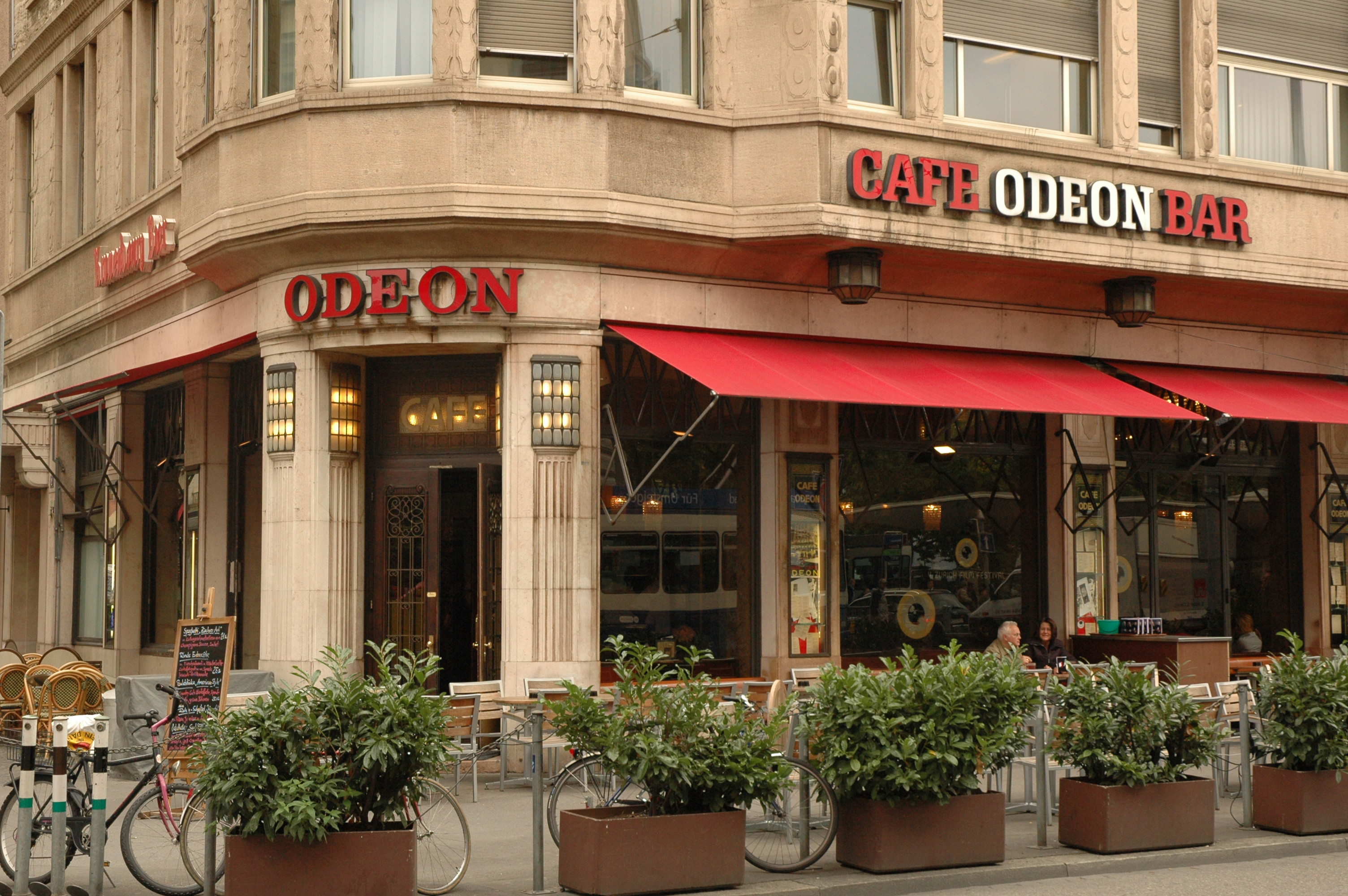 Nik Zurich Gay Odeon Caf Missisaugga