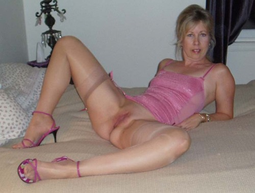 46 For Woman Kitchener Sex Looking 36 To In