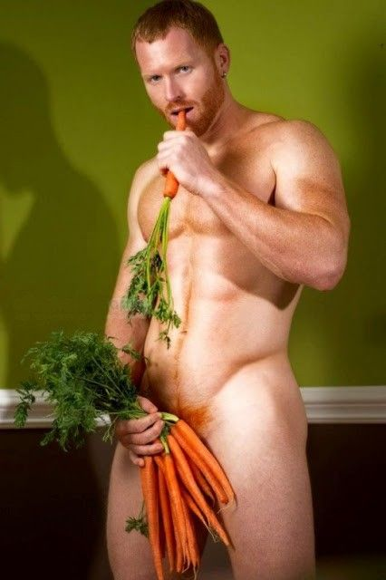 Funny Carrot Budapest Gay