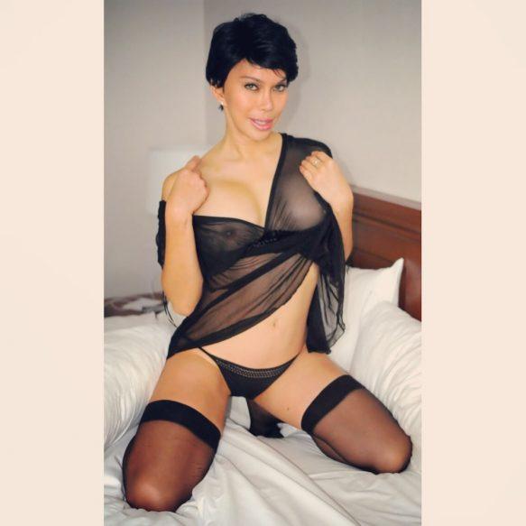 Squirter Exotic Well Reviewed Allie Zeon Winnipeg Escort