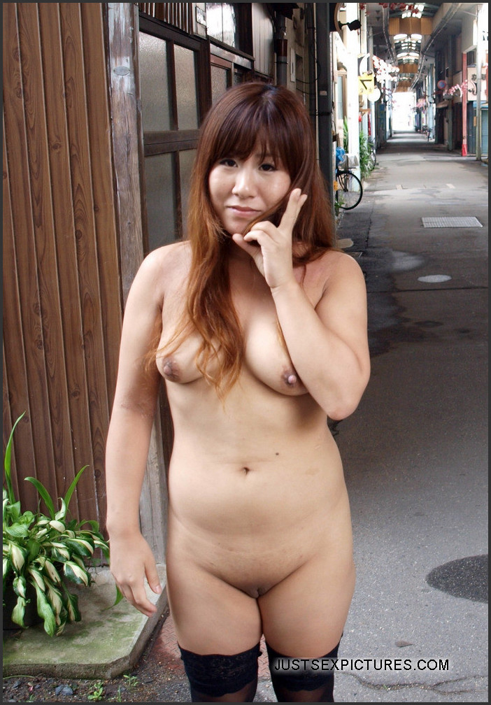 Exhibitionist Woman Looking For Sex In Montreal
