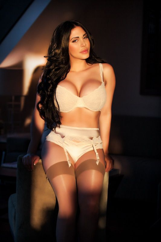 Looking for the most amazing escort