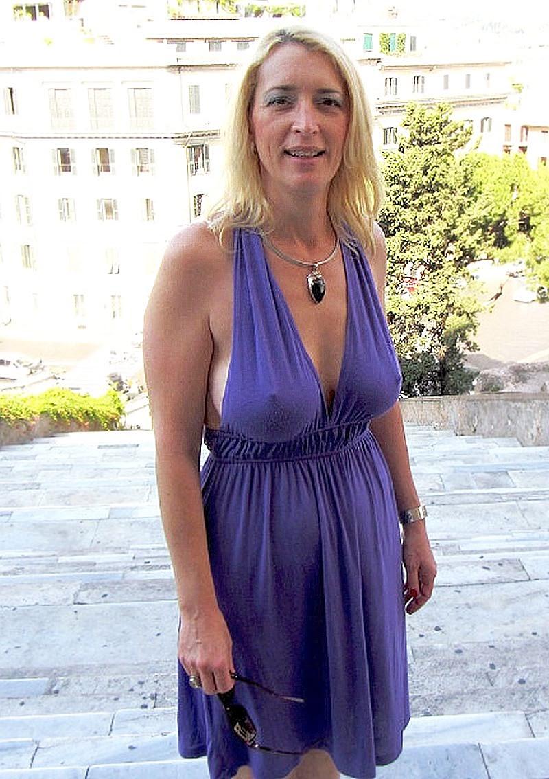 Blond Divorced Promiscuity Women Seeking Men