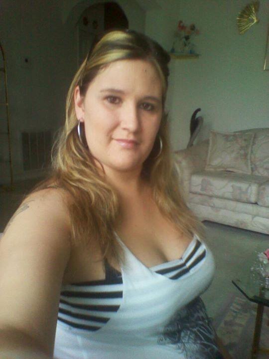 Seeking Woman Man Catholic Divorced Blond
