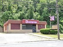 Bridgeport Pleasant Club Moments Strip