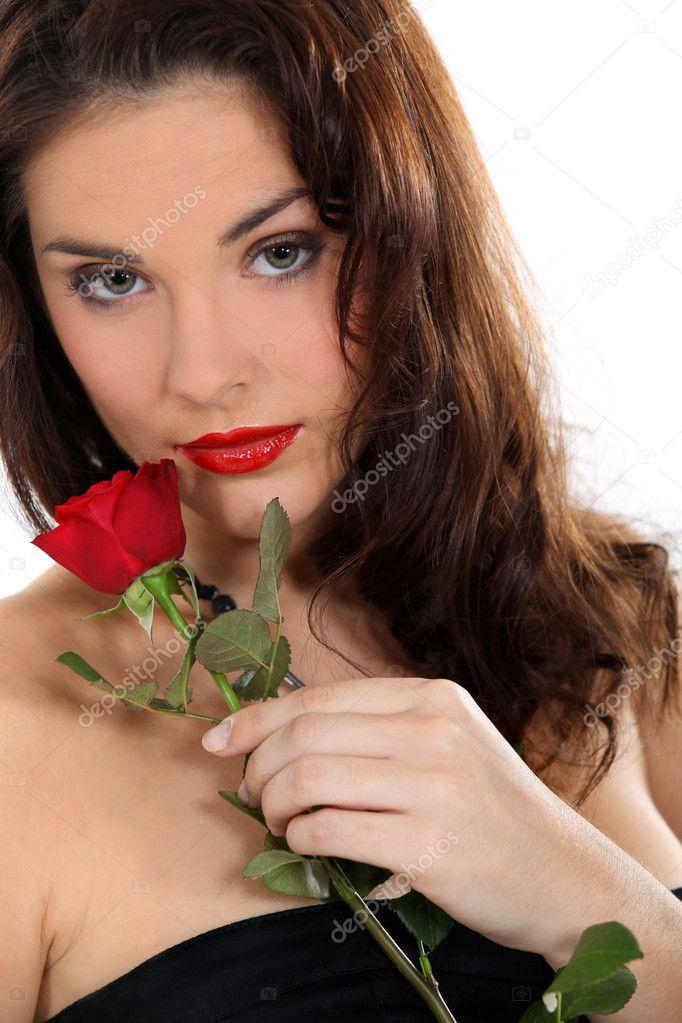 In Dating Montreal Brunette Divorced