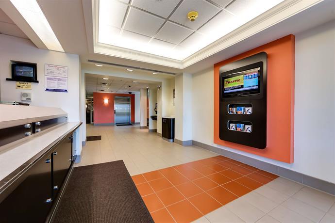 Toronto Escort 401- Motel Mississauga Discotec