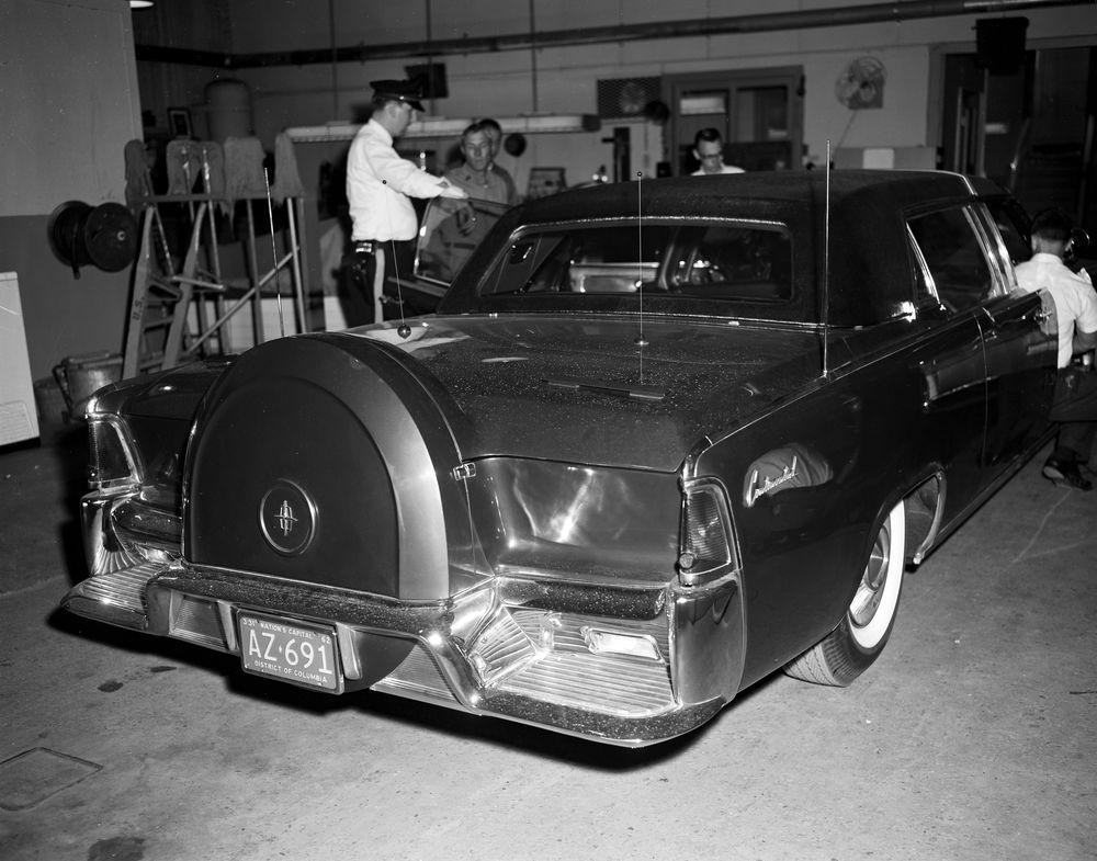 In Escort Car Brampton Queen Kennedy Anf