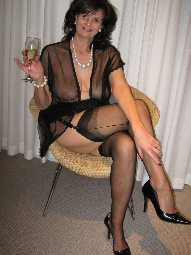 Lose Mature And Whitby Escort Garden Rossland Description