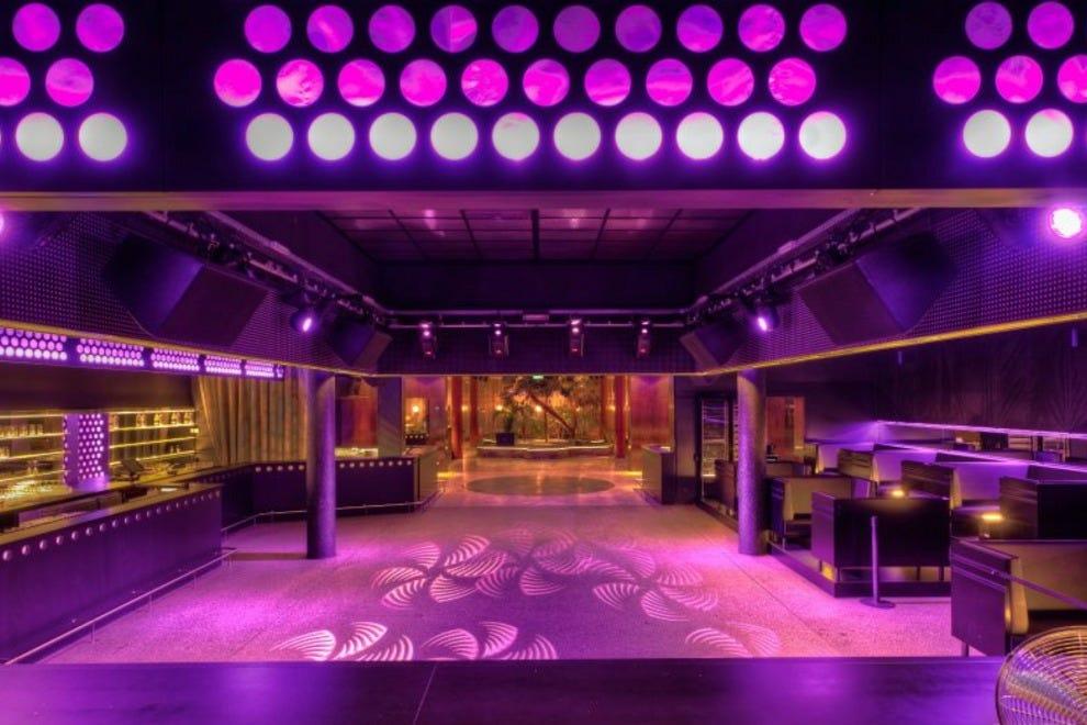 Femina Bar Vienna Night Club