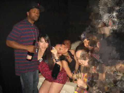 Girls In Night Club In Yokohama Japan