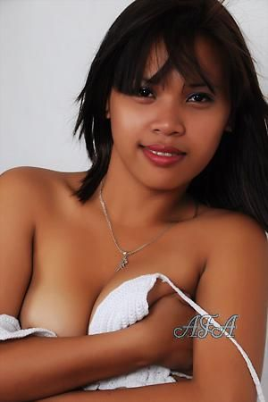 Sexten Lady Man Filipino For A Looking Beautiful