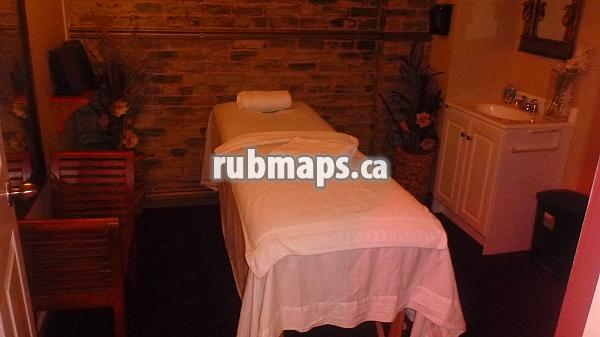 Parlors Metropolitain Massage Montreal Wit