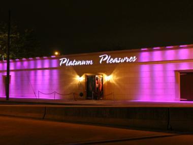 York Strip Club Pleasures New City Platinum Roksolana