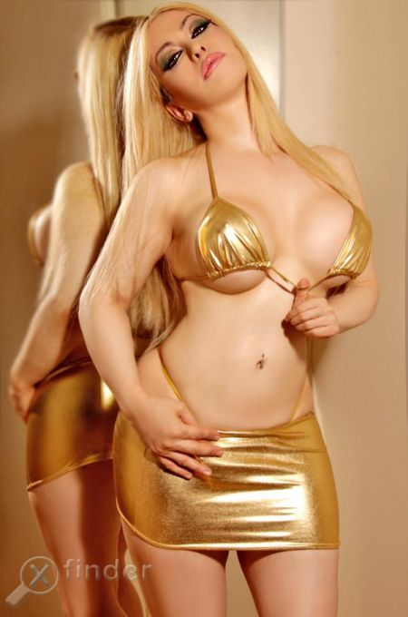 Toronto Escort Suzy National